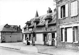 SAINT VICTOR L'ABBAYE - Café-tabac Du Centre - Station Antar - CPSM Grand Format - France