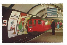 15798 -  Tube Train Entering Piccadilly Circus Station London - Piccadilly Circus