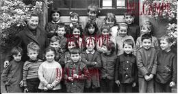 02 AISNE VAILLY SUR AISNE  PHOTO ANCIENNE ECOLE DE VAILLY ECOLIERS RARE SOISSONS FERE EN TARDENOIS - Non Classés