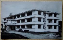 """A.E.F (Brazzaville) Le Grand Hôtel - Librairie """" Au Messager """" N°20 - Editeur Hoa-gui - Congo Français - Autres"""