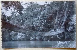 """A.E.F (Brazzaville) Pont De Lianes - Librairie """" Au Messager """" N°82 - Editeur Hoa-gui - Congo Français - Autres"""