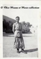 ALGERIE BOU SAADA 1945 - AU FORT CAVAIGNAC 1ER PELOTON - PHOTO MILITAIRE 9 X 6.5 CM - Guerre, Militaire