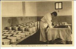 12 - ROQUEFORT - Laiterie - Fabrication Du Fromage - Roquefort