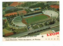 13434 CPM  LYON Installations Sportives De Gerland  , Stade Et Piscine  , 1985   ACHAT DIRECT  ! - Otros