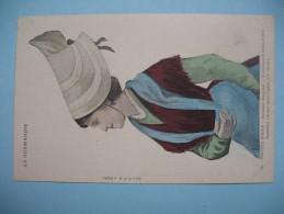 """CPA La Normandie    """" Coiffes D´Hiver """"  N°   43 - Costumes"""