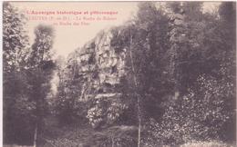 CPA -  TAUVES (P De D) - La Roche De Bidoux Ou Roche Des Fées - France