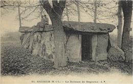 SAUMUR (49) - Le Dolmen De Bagneux - Ed. A. Papeghin - Dolmen & Menhirs