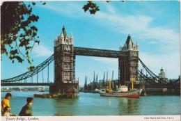 UK-ENGLAND- LONDON- TOWER BRIDGE 1971