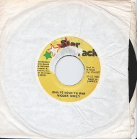 NIGGER MIKEY - Wha Fe Hold Yu Man - 45t - STAR TRACK - REGGAE - Reggae