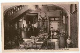 CPA  77   AVON FONTAINEBLEAU     HOTEL DES CASCADES ET BEAUSEJOUR     LE HALL - Alberghi & Ristoranti