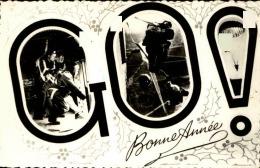 MILITARIA - Carte Postale  De Saut De Parachutistes En Pleine Action - A Voir - L 5089 - Manoeuvres