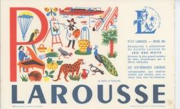 BUVARD - DICTIONNAIRE LE PETIT LAROUSSE - Lettre De L´Alphabet P  - Format 21X13,5cm - Papeterie