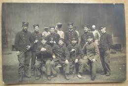 1 CPA Photo Vierge SOLDATS MILITAIRES 1914 1918 - Personen