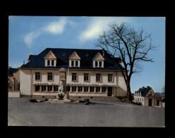 36 - BUZANCAIS - Monument Aux Morts - Poste - France