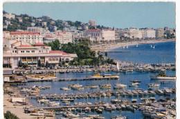 CANNES. - Vue Panoramique Sur Le Port, Le Casino Municipal Et Les Palaces De La Croisette. CPSM Rare Pas Courante - Cannes