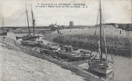 Environs De La Rochelle - LAUZIERE. Le Canal à Marée Basse Au Port Du Plomb . - Autres Communes