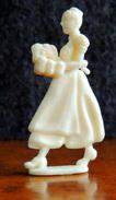 Elbgau : Rare Série Allemande Du Carnaval De Cologne - La Serveuse De Bière Figurine Complète & Intacte - Figurines