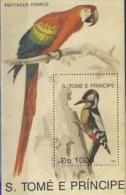 MDB-BK4-573 MINT ¤ ST TOME 1992 BLOCK ¤ PARROTS - BIRDS OF THE WORLD - OISEAUX - BIRDS - PAJAROS - VOGELS - VÖGEL - - Spechten En Klimvogels