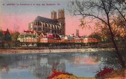 Cathédrale Et La Quai Des Cordeliers - Mantes - Mantes La Jolie
