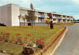 LES ESSARTS - Résidence St Vincent De Paul - CPSM Grand Format - Les Essarts