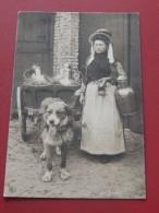 LAITIERES  - ATTELAGE -  Laitière Flamande -  Vlaamse Melkvrouw -   1908  -   (2 Scans) - Marchands Ambulants