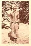 E-16 -2271 :  HAUTE SANGHA  LE SORCIER KOMMANDA - Centraal-Afrikaanse Republiek
