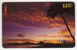 FIDJI Ref MVCARDS FIJ-169 PALM AT SUNSET 1 30FKB 3$ Date 2000 - Fidji