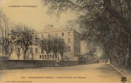 CPA - Bourg St Andéol - L'hôtel De Ville - Les Platanes - Bourg-Saint-Andéol