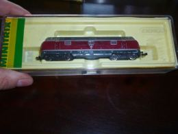 CB6 Locomotive Diesel  221 - Minitrix 51 2061 00 Toujours Dans Sa Boite  - No Marklin - Andere Sammlungen
