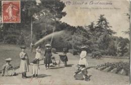 CPA - NANTES - COIN DU JARDIN DES PLANTES - Edition ? - Nantes