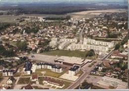 CPM - BOIS-GUILLAUME - Vue Aérienne - CENTRE COMMERCIAL - Edition Combier - Autres Communes