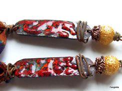 Boucles D'oreilles émaux Sur Cuivre Rouge Brun Bleu Soie De Sari Et Accessoires Cuivre  Un Côté Ethnique Chic Pour Ces B - Earrings