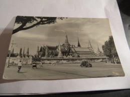 CARTE POSTALE THAILANDE ANNEE 50 ANIMEE VOITURE VELO POUSSE POUSSE - Thaïlande