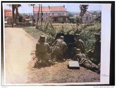 Farbfoto  - Zeitungsbeilage Von 1940, Offensive In Frankreich - German