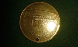 1913, Souvenir De Exposition Universelle Internationalle De Gand, 8 Gram (med317) - Pièces écrasées (Elongated Coins)