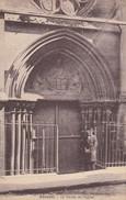 Cpa - Arcueil - Le Portail De L'Eglise - - Arcueil