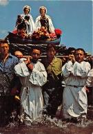 BOUCHES DU RHONE  13   LES SAINTES MARIES DE LA MER    LA PROCESSION DES SAINTES SALOME ET JACOBE - Saintes Maries De La Mer