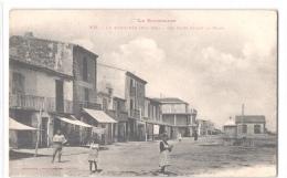 FR66 LE BARCARES - Labouche 431 - Les Cafés Devant La Plage - Animée - Belle - Port Barcares