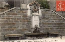 69 - JARNIOUX-PLACE GUINON BUSTE DE AUGUSTE GUINON ANCIEN MAIRE - France