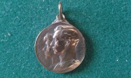 Steun Aan De Weezen Van Den Oorlog, Secours Aux Orphelins De La Guerre, 4 Gram (med347) - Souvenirmunten (elongated Coins)