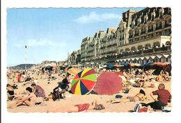 CABOURG - LA PLAGE A MAREE BASSE - Cabourg