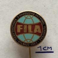 Badge (Pin) ZN003649 - Wrestling International Tournament Vilnius 1983 FILA - Worstelen