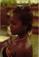 EAST TIMOR Ex Portuguese Colony - Rapariga De Viqueque - Native Woman - Femme Native - Portugal Colonial  ( 2 Scans) - Timor Oriental