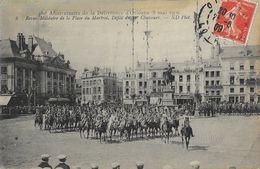 Anniversaire De La Délivrance D'Orléans (8 Mai 1909), Revue Militaire De La Place Du Martroi, Défilé Du 20e Chasseurs - Manifestazioni