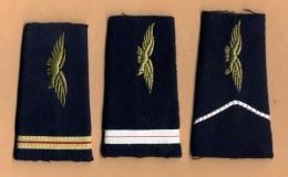Lot De 3 Fourreaux D´épaules Différents Armée De L'Air - Uniformes