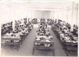 Grande PHOTO Originale 177 Mm X 128 Mm COTE D' IVOIRE ABIDJAN ECOLE NOTRE DAME Des APOTRES 1960 1961 Salle étude Pie XI - Côte-d'Ivoire