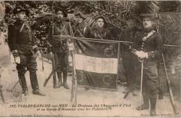 Militaria VILLEFRANCHE-sur-MER  Le Drapeau Des Chasseurs à Pied (24èBCAP) Et Sa Garde D'Honneur Sous Les Palmiers - Regimientos
