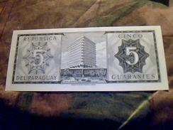 Billet De Banque Du Paraguay De 5 Guaranies NEUF  Tbe + - Paraguay
