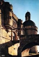 24 - HAUTEFORT - Le Pont Levis Et La Tour. CPSM Dentelée - Frankreich