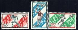 1971  IJeux Olympiques Modernes 75è Ann.  Course à Relais, Porteur De La Torche, Lancer Du Disque  ** - Cameroon (1960-...)